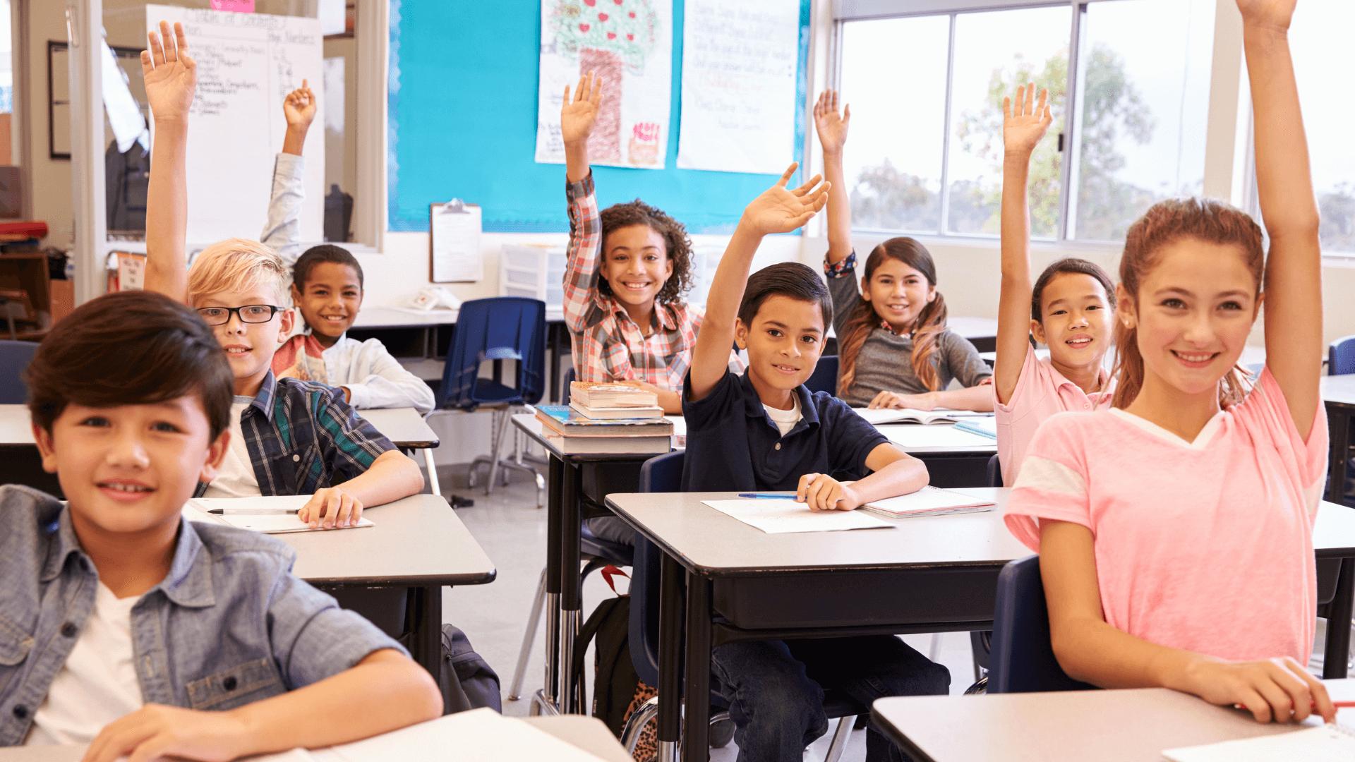 Effektive Wege zur Reduzierung der Ausbreitung von COVID-19 in Klassenzimmern